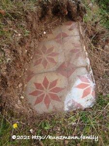 Sauersack - Hausruine - Reste eines Fußbodens - Mai 2008